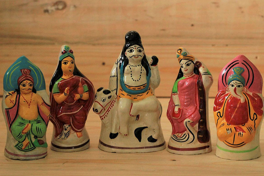 Majilpur clay Dolls- Shambhu Das Striving to keep the ancient art alive