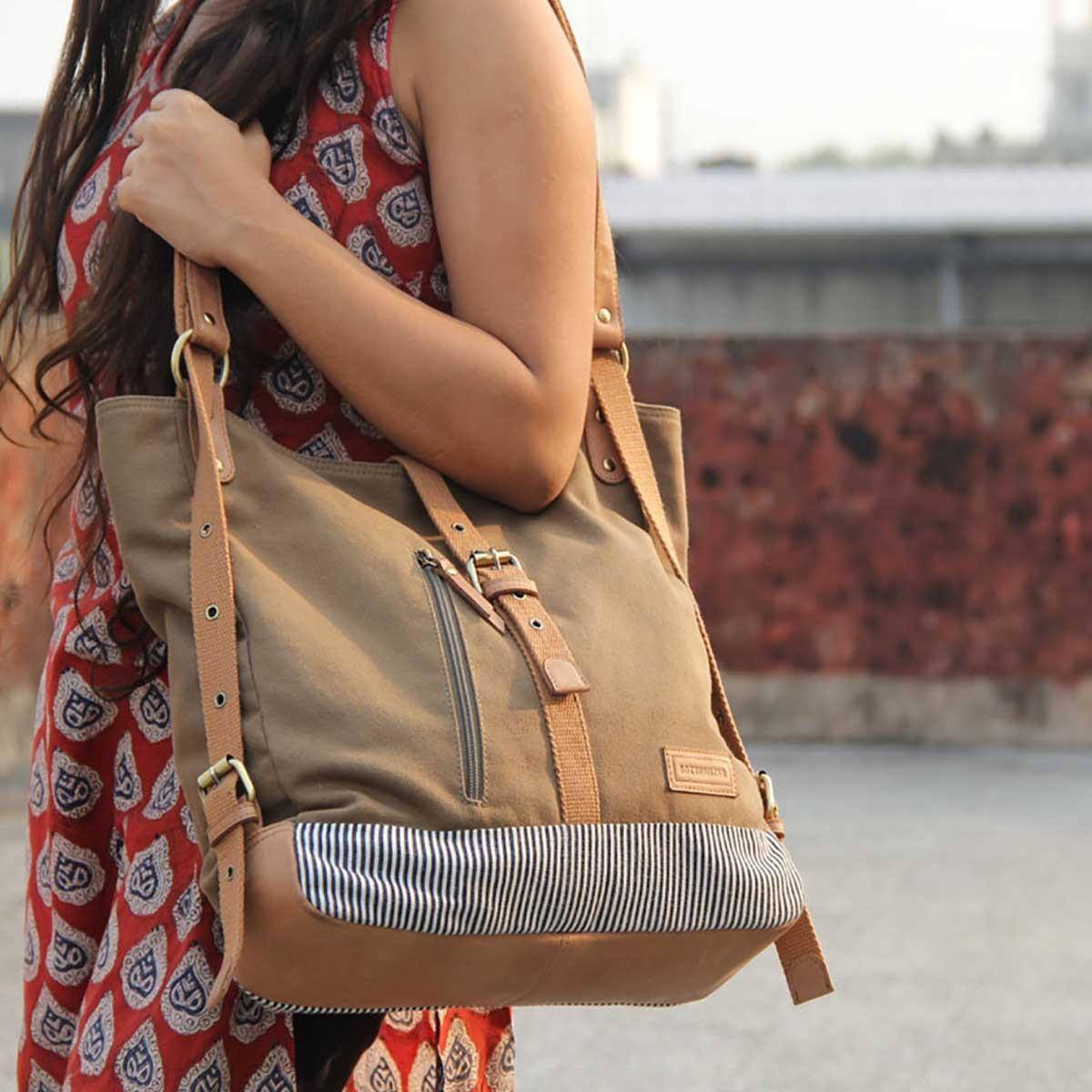 Ladies shoulder /backpack(light brown)