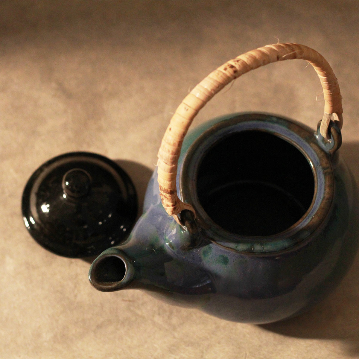 Ceramic Tea Pot (Blue and Black)