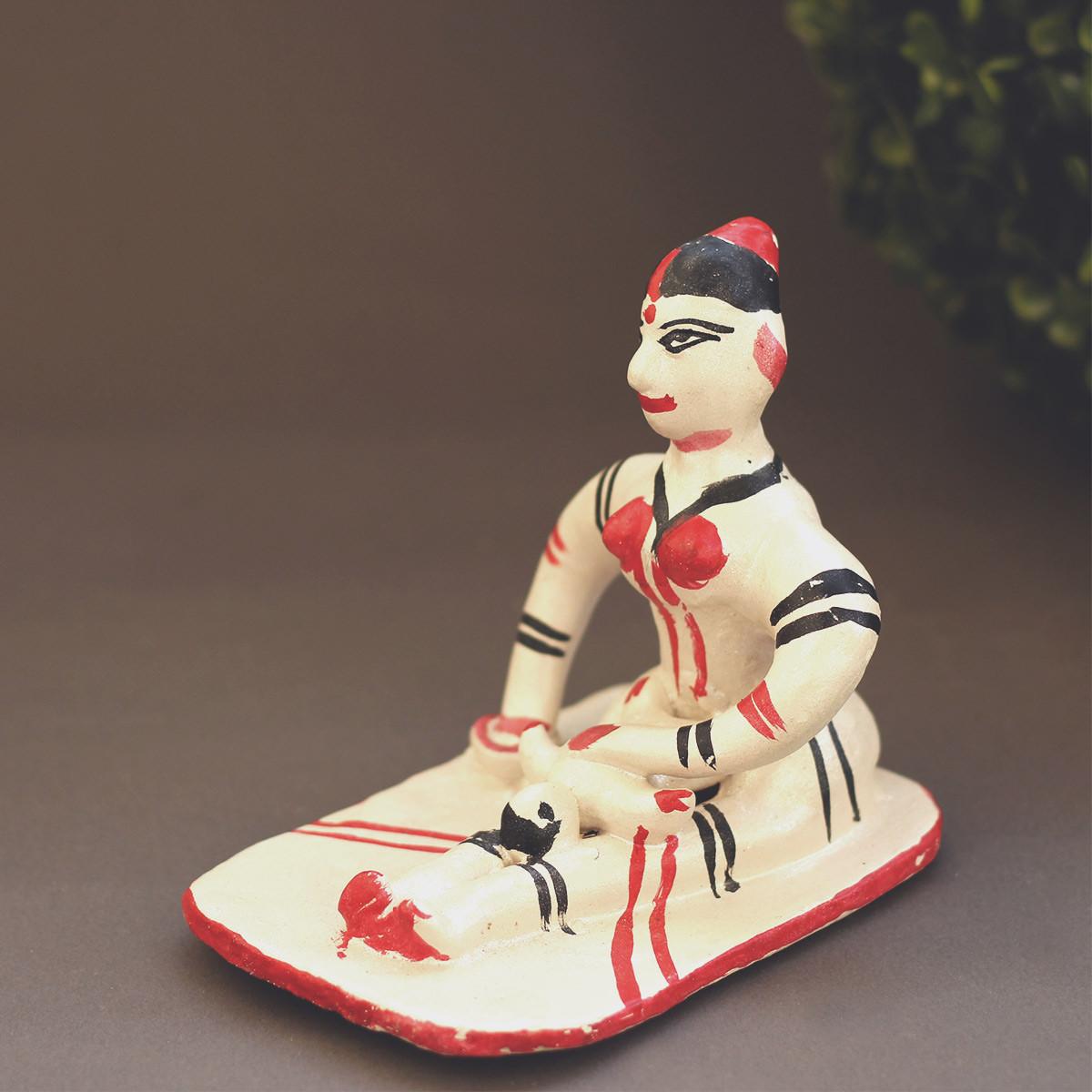 Kanthalia Dolls- A mother's care