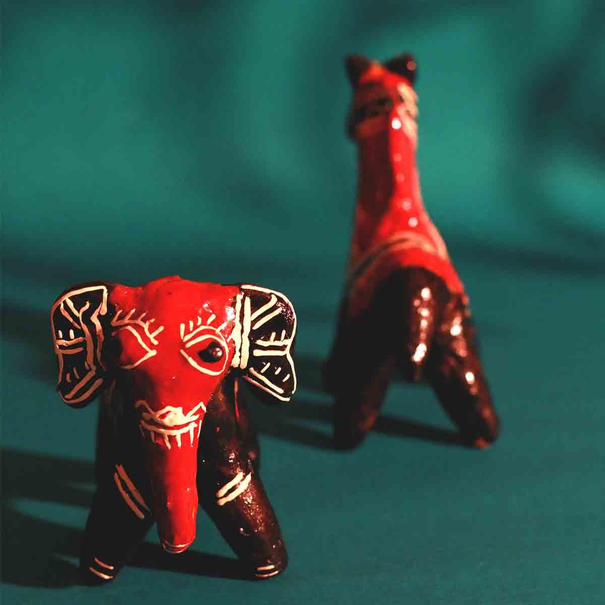 Galar Putul / Shellac Dolls- Elephant and Horse Set