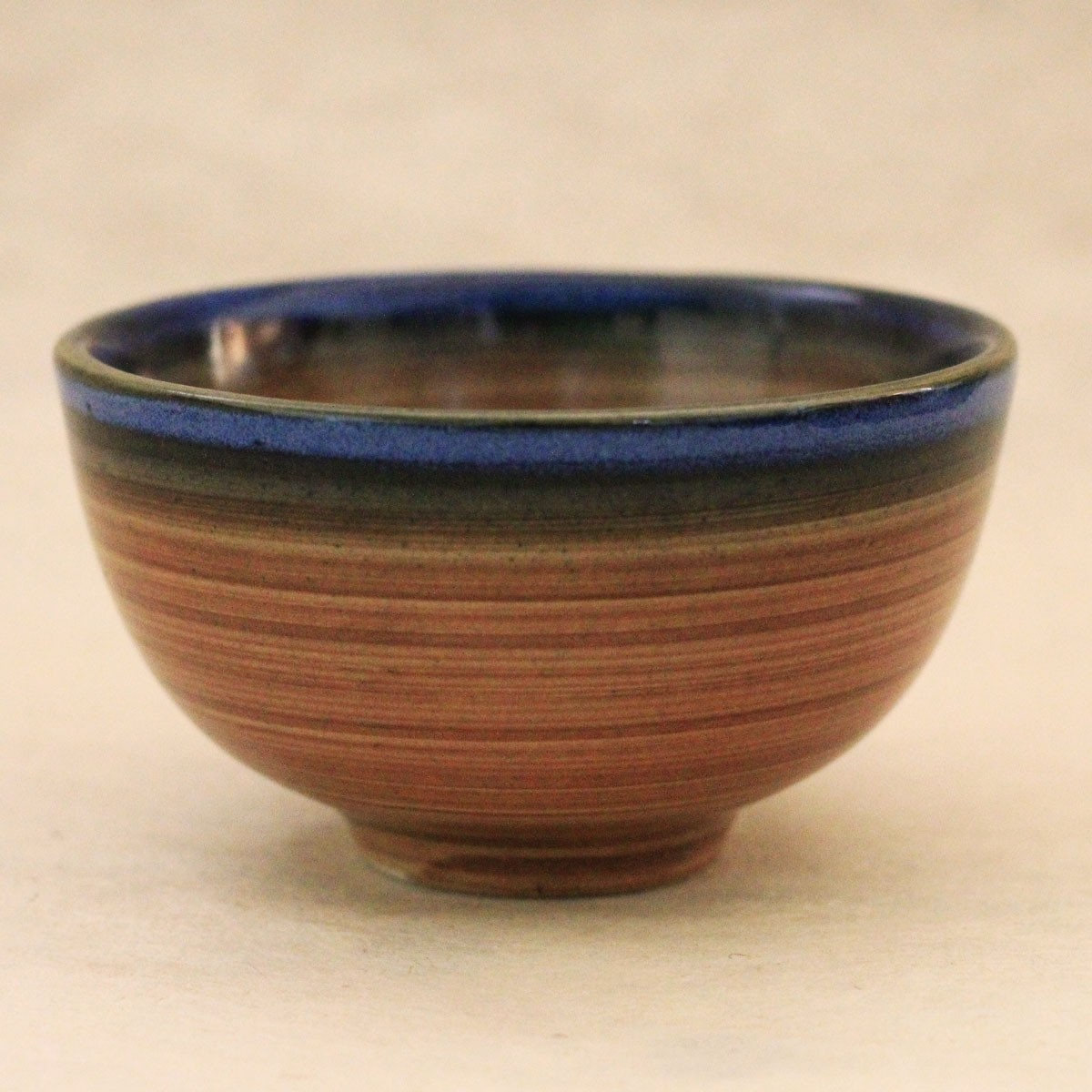 Dual Shade Ceramic Bowl